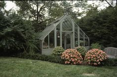 Greenhouse pictures featuring the Tudor style greenhouse. One of several greenhouse kits made by Sturdi-built Greenhouse Mfg. Build A Greenhouse, Greenhouse Gardening, Greenhouse Ideas, Greenhouse Pictures, Traditional Greenhouses, Leelah, Paludarium, Tudor Style, Glass House