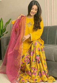 Stylish Dresses For Girls, Stylish Dress Designs, Simple Dresses, Stylish Girl, Beautiful Dresses, Pakistani Fashion Party Wear, Pakistani Wedding Outfits, Pakistani Dresses Party, Wedding Dresses