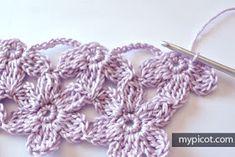 Watch The Video Splendid Crochet a Puff Flower Ideas. Phenomenal Crochet a Puff Flower Ideas. Picot Crochet, Crochet Daisy, Crochet Butterfly, Crochet Flower Patterns, Crochet Stitches Patterns, Thread Crochet, Crochet Trim, Crochet Crafts, Yarn Crafts