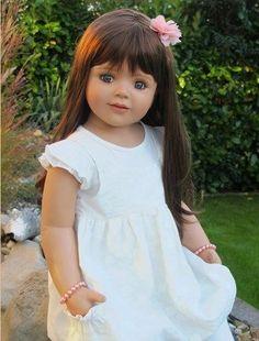"Masterpiece * Cherie * Monika Peter-Leicht Limited Edition * Doll 35"" Brunette Reborn Toddler, Toddler Dolls, Child Doll, Reborn Babies, Little Girl Bangs, Little Girls, Lifelike Dolls, Hello Dolly, Reborn Dolls"