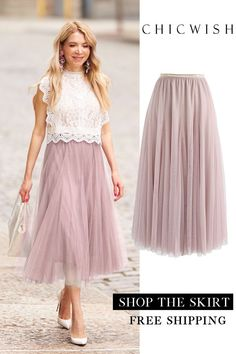 My secret weapon: a long pink tulle skirt - Alles - . My secret weapon: a long pink tulle skirt - Alles - Jupe Tulle Rose, Pink Tulle Skirt, Tulle Skirts, Skirt Outfits, Dress Skirt, Casual Outfits, Fashion Outfits, The Dress, Party Skirt