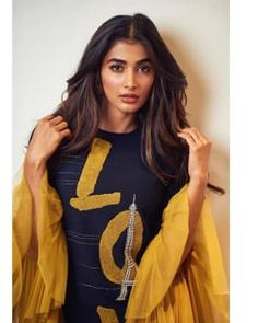 Pooja hegde new photos collection Bollywood Actress Hot Photos, Indian Bollywood Actress, Bollywood Girls, Beautiful Bollywood Actress, South Indian Actress, Beautiful Actresses, Indian Actresses, Tamil Actress, Bollywood Stars