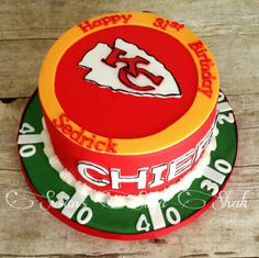 Kansas City Chiefs cake