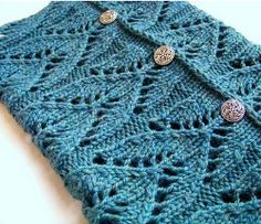 Download this free knit scarf pattern for a Lacy Cowl.