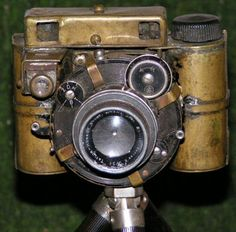DIY Steampunk camera • When the big name camera makers don't offer any Steampunk cameras, what do you do? You build your own of course. That's what this guy did. He built himself a homemade steampunk camera. And it's more than just a digital camera with a brass case on it.