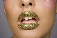 It's better to use edible glitter on your mouth than the type made with metals and plastics.