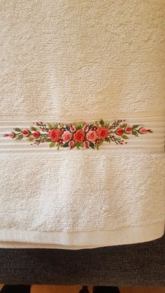Have Fun with Silk-Ribbon Embroidery - Embroidery Patterns - Embro on towel - Towel Embroidery, Floral Embroidery Patterns, Embroidery On Clothes, Embroidery Flowers Pattern, Hand Embroidery Stitches, Embroidery Hoop Art, Hand Embroidery Designs, Embroidery Bracelets, Cross Stitches