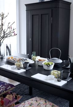 Sushi bord med sort mega mussel / Royal Copenhagen