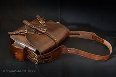 Sac homme, sac cuir naturel, cuir végétal, style steampunk, sac à main, sac à bandoulière, brun, bandoulières amovibles, 2 compartiments, poche intérieure, fermeture à sangles Style Steampunk, Leather Working, Purse, Natural Leather, Brown, Leather Crafting