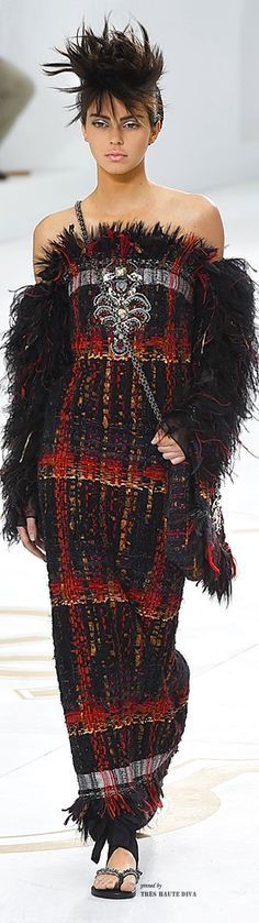 Chanel Haute Couture Fall/Winter 2014-2015 - Kendall Jenner | The House of Beccaria~