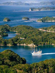 Kujūku Islands - Japan (by かがみ~)