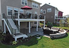 For a home with a sloped lot, walkout basement, or distant views, a second-floor deck is perfect. Check out 6 beautiful, functional second-floor deck ideas. Patio Under Decks, Decks And Porches, Deck Patio, Patio Stone, Patio Privacy, Flagstone Patio, Concrete Patio, Small Patio, Patio Table