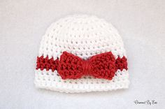 Wrapped With Love Preemie Hat ~ free pattern ᛡ