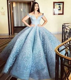 Celebrating #ThrowbackThursday with the darling diva, Aishwarya Rai's much talked about Cannes Cinderella Gown. Our designer, Nidhi Aggarwal approves��. . . . . #cannes2017 #india #aishwaryarai #bollywood #fashion #fashionista #gowns #cinderella #frozen #elsa #princess #dress #outfit #outfitoftheday #blue #celebrity #redcarpet #indian #ZarkonsFashion #indiagram http://misstagram.com/ipost/1552935750549405763/?code=BWNItZagIBD