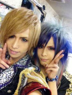 Royz's Tomoya and Subaru
