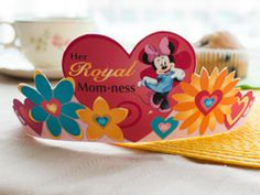 cute printable crafts, cards, gifts, and coupons...all disney related