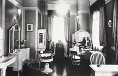 Shiseido beauty salon store's interior, 1937