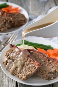 Perfect for a weeknight meal! This gluten free, Paleo and Whole30 Meatloaf is packed with