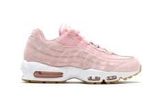 """Nike Just Dropped the Prettiest Air Max 95 In """"Prism Pink"""""""