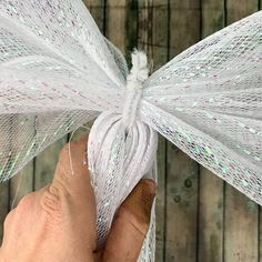 Deco Mesh Christmas Angel Tutorial — Day to Day AdventuresYou can find Christmas angels and more on our website.Deco Mesh Christmas Angel Tutorial — Day to Day Adventures Deco Mesh Bows, Deco Mesh Crafts, Deco Mesh Garland, Deco Mesh Wreaths, Yarn Wreaths, Ribbon Wreaths, Deco Mesh Wreath Tutorial, Door Wreaths, Tulle Crafts