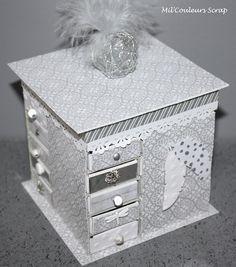 Mini Commode avec des boites d'allumettes. Habillage avec papiers Stampin'Up Douce Nuit entre autres.