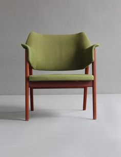 Teak Armchair from the 60s. #armchair #green #woodwork #wooden #wood #loveit #chair #fantastic #vintage #decor #old #classic #love #amazing #fantastic #style #design #interior #perfection #lovely #elegance #mood #wood #antique #furniture #homely #interiorforall #style #atmosphere #decorideas #homefurnitures