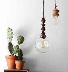 Retro wood pendant lights are so whimsical. #UOonCampus #UOContest