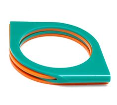 ANTOINETTE VROOM (1948)-Bracelet of orange and greenperspex, design & execution 1972
