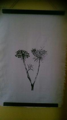 Cow parsley on Irish linen