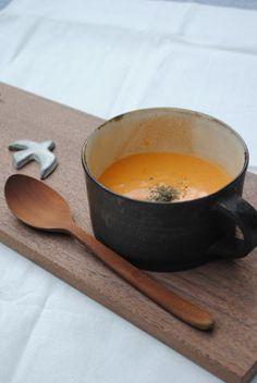 藤原加寿子「スープカップ(幅広・黒)」の詳細ページです。