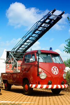VW Leiterwagen Ladder truck @Alexis Duarte-Massey Foster, Greg needs to get one of these!