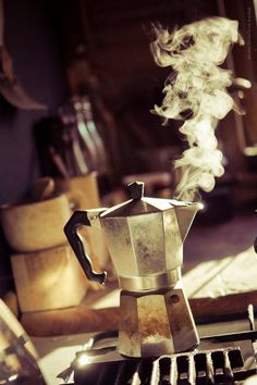 Wake up! The mocha is a device for making coffee, created by Alfonso Bialetti in 1933.