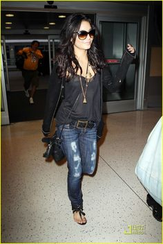 Vanessa Hudgens...such an effortless cool. If only I had that hair. And weighed 115 pounds. And had a personal stylist.