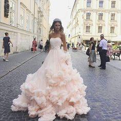#dress #dresses #instadress #dressmurah#weddingdress #wedding#fashion #dressup #dressofday #dressofday#dressaddict#brands#bridal#bridalmakeup #beautiful #maching#gorgeous #goals#weddings#weddingday#weddingdress#vestimoments#loveit#kisses#weddingseason #selfie#pretty#noiva#noi#casamento#vestido #novia