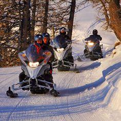 Randonnée scooter des neiges Pra-Loup PACA 04 - Sport Découverte - http://www.sport-decouverte.com