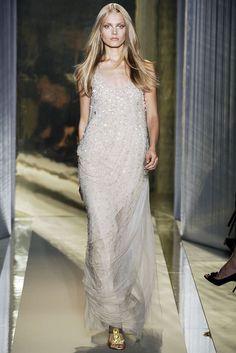 Donna Karan Spring 2009 Ready-to-Wear Collection Photos - Vogue