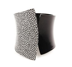 Stingray Cuff ♥ /Color: Black White speechless... Need I say more??