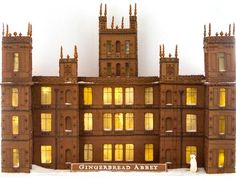 Downton Abbey in Gingerbread (thanks, Martha Stewart!) Stunning!