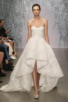 Cheap Front Short And Long Back Lace Wedding Dress 2016 Corset Bodice Sweetheart A Line Sleeveless Applique Court Train Monique Lhuillier A Line Bridal Gowns A Line Formal Dresses From Bestdavid, $145.73  Dhgate.Com