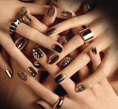 """Képtalálat a következőre: """"red and gold nail designs"""""""