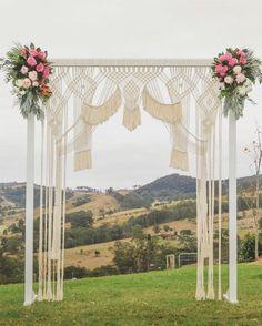 Macrame Art, Macrame Design, Macrame Projects, Wedding Reception Backdrop, Wedding Arches, Wedding Backdrops, Wedding Ceremony, Ceremony Arch, Art Macramé