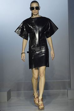 Balenciaga Spring 2007 Ready-to-Wear Collection Slideshow on Style.com
