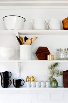 cabin kitchen shelves // smitten studio Open shelving, like the details Kitchen Shelves, Kitchen Redo, New Kitchen, Kitchen Goods, Kitchen Display, Ikea Shelves, Gold Kitchen, White Shelves, Kitchen Supplies