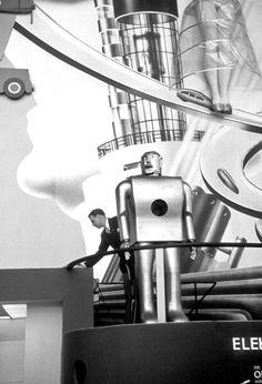 Elektro the robot on exhibit at the 1939 New York World's Fair
