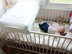 IKEA Crib Changing Table Hack : 5 Steps (with Pictures) - Instructables Baby Nursery Rugs, Ikea Nursery, Baby Bedroom, Nursery Ideas, Kids Bedroom, Room Ideas, Ikea Sniglar Crib, Mini Crib Bedding, Babies Rooms