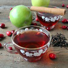 Slow Cooker Spiced Apple Cranberry Cider