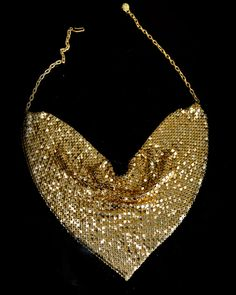 Stunning Vintage Gold Mesh Scarf Statement Necklace Bib Chevron Costume Jewelry 1970s glomesh Mesh Bags, Glitz And Glam, Hippie Chic, Clothing Styles, Vintage Style Outfits, Becca, Fashion Details, Glitters, Vintage Clothing