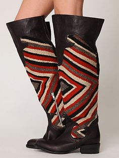 Maybe too tall for stubby badgers, but v nice. Knightly Blanket Boot