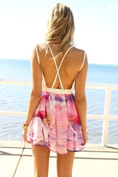 backless beach dress.