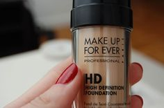 Make up Forever- HD Foundation